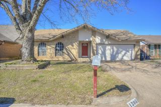 1205 North Southminster Street, Moore OK