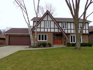 1017 West Golf Road, Libertyville IL