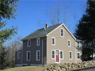 43 South Street, Plymouth CT