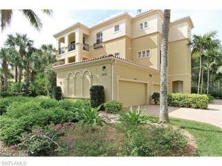 2859 Tiburon Boulevard East #103, Naples FL