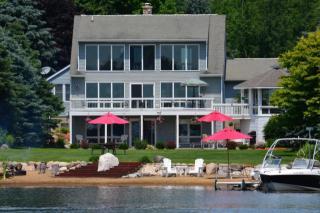 10631 Peninsula Drive, Canadian Lakes MI