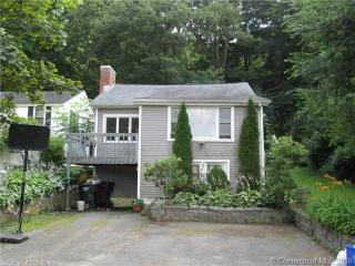 265 Lake Plymouth Boulevard, Plymouth CT