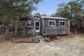 122 Shore Road #11, North Truro MA