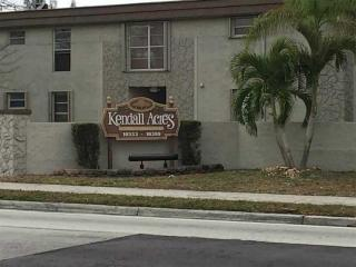 10373 North Kendall Drive #H3, Miami FL