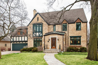 549 Earlston Road, Kenilworth IL