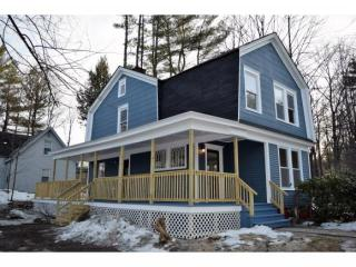 25 Wentworth Street, Plymouth NH