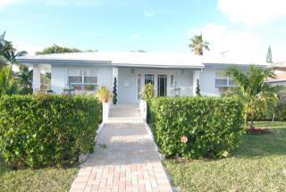 119 Edwards Lane, Palm Beach Shores FL