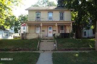 205 N Main Street, Mount Carroll IL