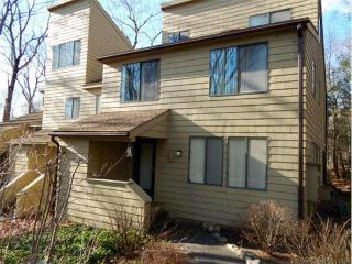 233 Ledge Dr, Torrington, CT 06790