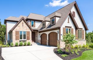 Woods of Ladue by Pulte Homes