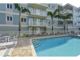 2245 North Beach Road #202, Englewood FL