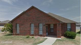1226 N Canyon Way, Guthrie, OK 73044