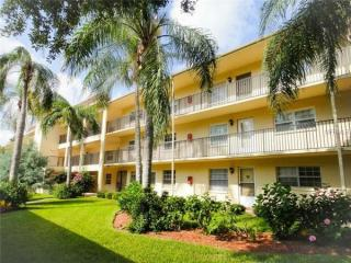 865 Virginia Ct #107, Dunedin, FL 34698