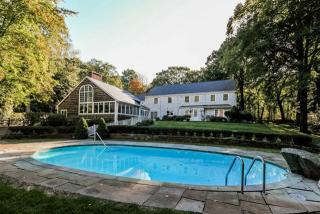 40 Allwood Road, Darien CT