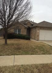 5901 Ozark Dr, Fort Worth, TX 76131