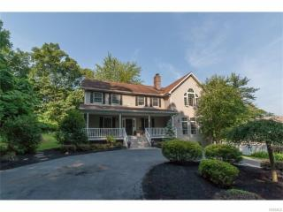 14 Elliots Alley, Valley Cottage NY