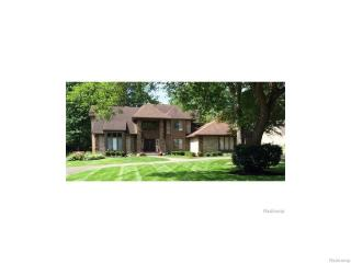 3554 Loch Bend Drive, Commerce Township MI