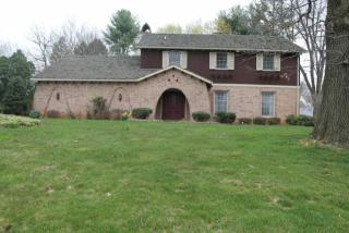 1325 Country Club Drive, Lancaster PA