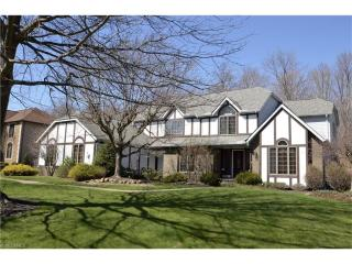 340 Countryside Drive, Broadview Heights OH