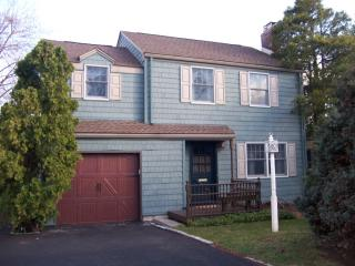 21 Yorktown Terrace, Livingston NJ