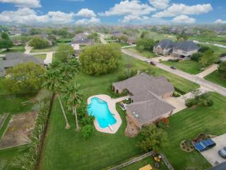 4403 Weston Drive, Fulshear TX