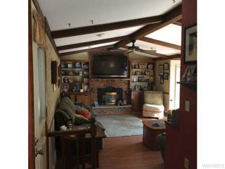 33 Schwartz Rd, Elma, NY 14059