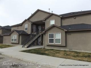 1043 W Pine Ave, Meridian, ID 83642