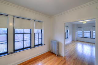 1902-08 W Morse Ave 6942-60 N Wolcott Ave, Chicago, IL 60626