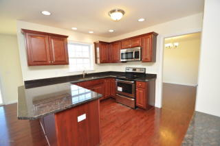 4884 Coatbridge Ln, Walnutport, PA 18088