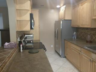 4664 Park Granada #150, Calabasas, CA 91302