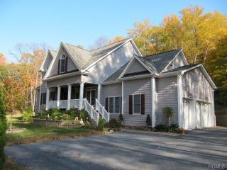 20 Meadow Road, Hopewell Junction NY