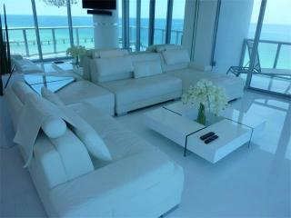 17000-17098 Collins Ave, Miami FL - Rehold Address Directory