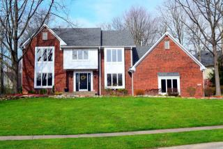 8354 Twin Pointe Circle, Indianapolis IN