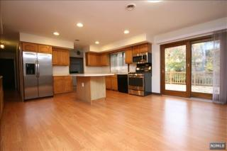 25 Fairview Ave, Closter, NJ 07624