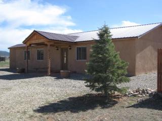 17 Amorak Road, Ranchos de Taos NM