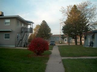 202 Cedar Ave, Waverly, IA 50677