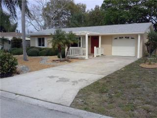 8871 112th Way, Seminole FL