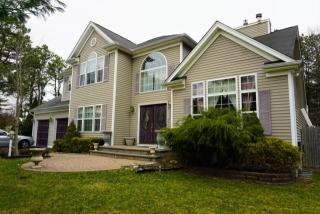 980 Middle Country Road, Ridge NY