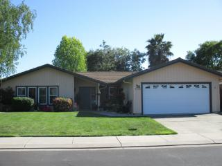 1008 Sunnyoak Way, Stockton CA