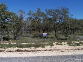 1142 Hidden Frst, Canyon Lake TX