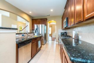 23943 Windsor Canyon Ct, Spring, TX 77389