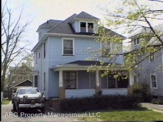 93 Roslyn St, Rochester, NY 14619