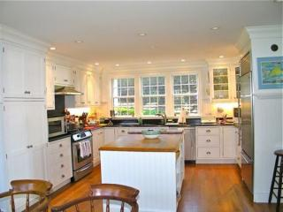 53 S Water St #ED339, Edgartown, MA 02539