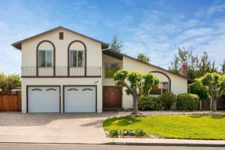 368 San Luis Way, Novato CA