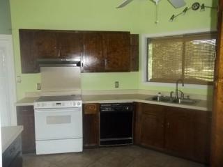 9313 Meadowlark Ave, Ocean Springs, MS 39564