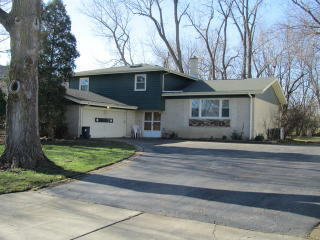 2886 Leanne Court, Northbrook IL