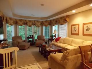 14 Woods Lane, Lenox MA