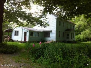 45 Smith Road, Hancock MA