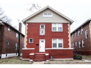 6716 Crest Avenue, Saint Louis MO
