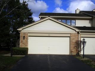1302 Appletree Lane, Libertyville IL